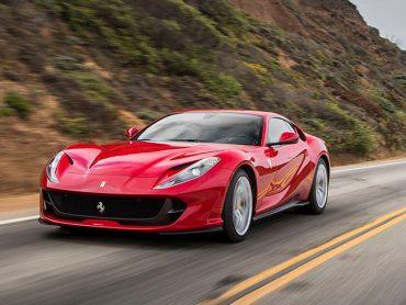 Giá xe Ferrari